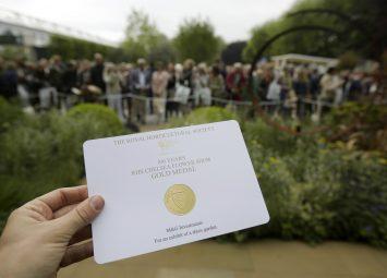 Gold Medal Chelsea Flower Show, award-winning garden designer Roger Platts