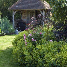 Garden Summerhouse at Leydens Garden. Garden Design in Kent, open to The NGS.