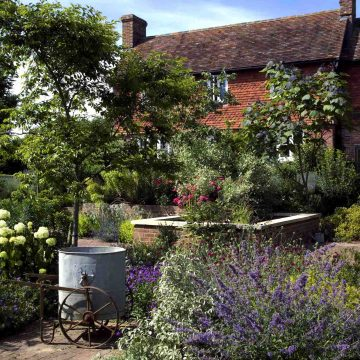 Cottage Garden Design and Landscaping