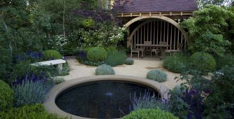 Award-winning garden designer from Kent with The People's Choice Award Chelsea Flower Show Roger Platts' M&G Garden 2010. Buxus, Lavendula Styrax.